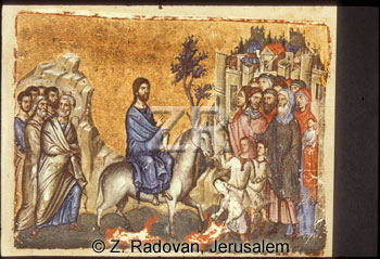 1081 Jesus entering Jerusal