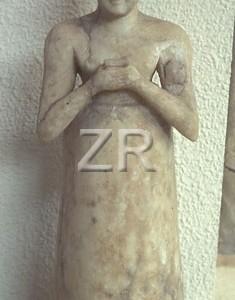 1319 Sumerian statue