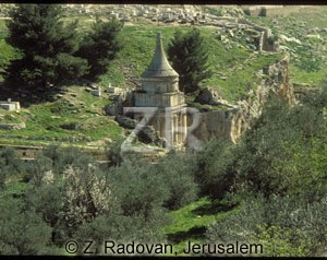 168-3 Absalom's tomb