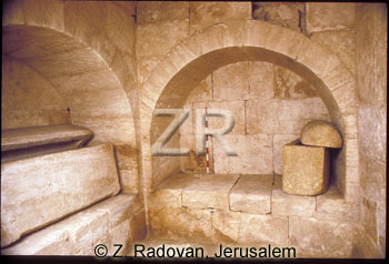 1790-1 Tombs of the Kings