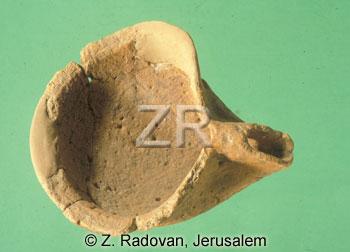 1940.-6 Israelite oil lamp