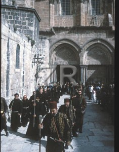 2089-3 Easter procession