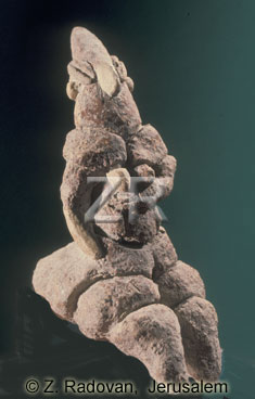 213-1 Neolithic figurine