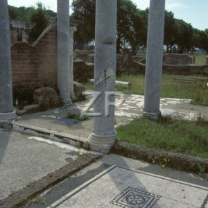 2162-1 Ostia synagogue