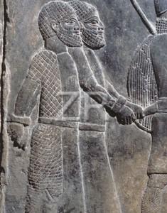 2425-1 Assyrian prisoners
