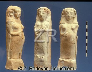 2526-2 fertility figurine