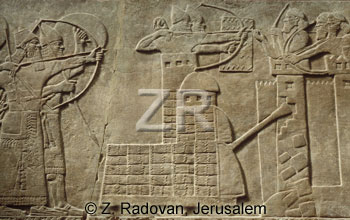 2833-2 Assyrian siege tower