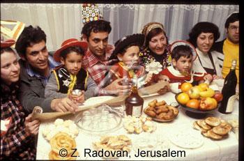 2849-2 Purim
