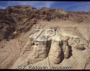 304-9 Qumran