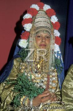 3221-4 Yemenite bride