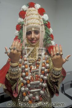 3221-6 Yemenite bride