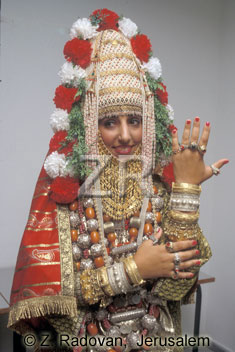 3221-7 Yemenite bride