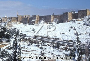 327-3 Snow in Jerusalem