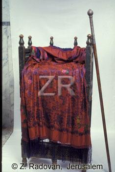 3698-3 Eliahs chair