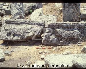 4112-5 Hirbet Amudim synag