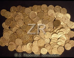 4204 Byzantyne gold coins