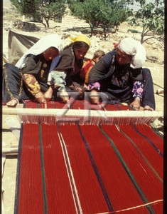 433-3 Carpet weaving