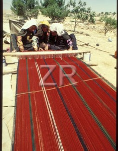 433-5 Carpet weaving