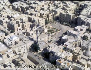 4511-2 The Jewish quarter