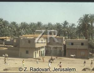 4563-4 Egyptian village