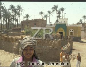 4563-9 Egyptian village