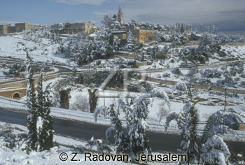 591-1 Jerusalem in snow