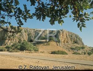 597-2 Carmel caves