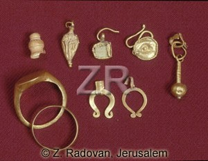 883-3 Jewelery