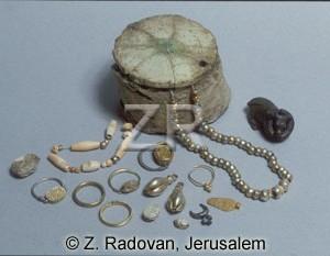 884 Jewelery