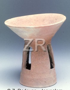 940-3 Chalcolithic pottery