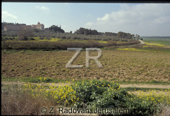 1563-2 The valley of Ayalon