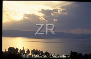 1722-8 Sea of Galilee