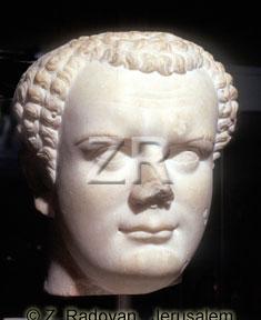 2183-2 Emperor Titus