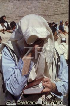 2189 Solemn prayer