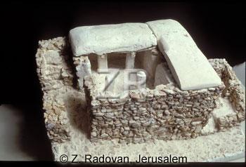 2195-2Israelite house model