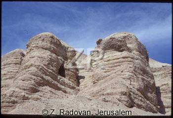 304-8 Qumran