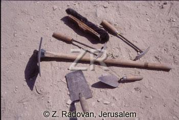 3560 Archeological tools