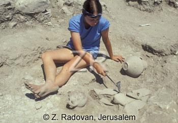 3569-3 Pottery excavation