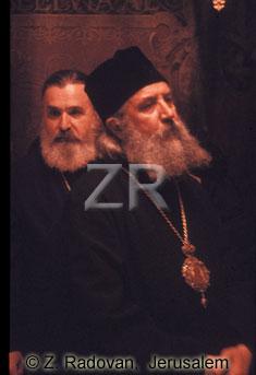 3602-4 Pilgrims at mass