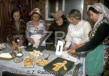 4495 Purim preparations