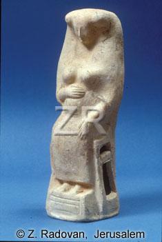 465 fertility figurine