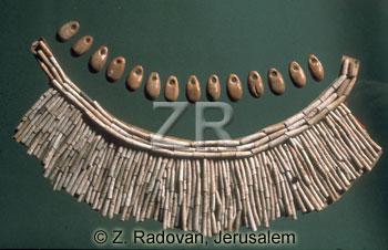 941-1 Natufian jewelery